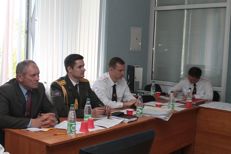 сержанта внутренней службы пмсергуна, старшего сержанта внутренней службы епкостюка