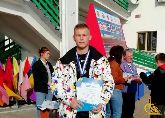 Курсант из УГЗ стал победителем кубка Беларуси по спортивному зимнему плаванию