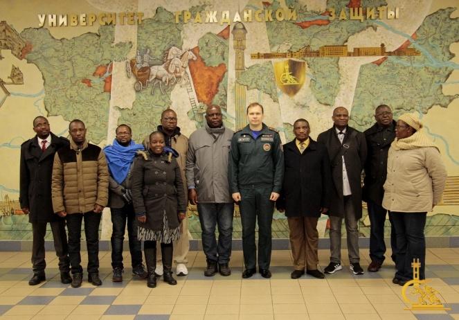 Начальник УГЗ провел занятие со специалистами рабочей группы из Зимбабве