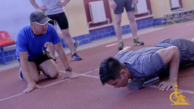 7 из 18. Испытания по физической подготовке спортивного комплекса «Атлет» прошли в УГЗ